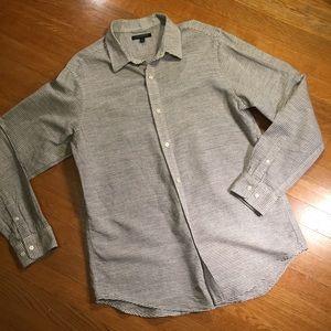 Banana Republic linen blend button-down shirt